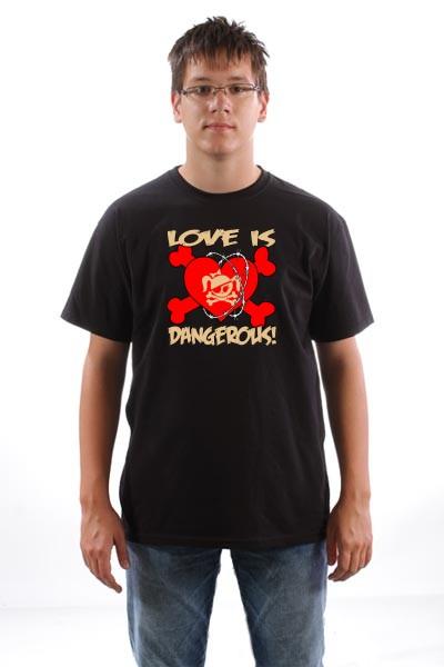 Majica Ljubav je opasna