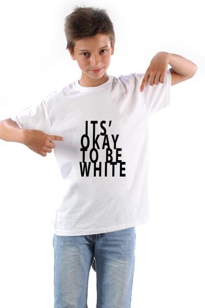 Majica Okej je biti beo