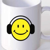 Mug Smiley With Headphones