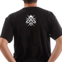T-shirt Tribal Wire